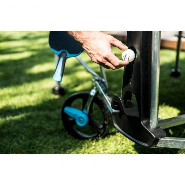 Stauraum für TT-Bälle und TT-Schläger